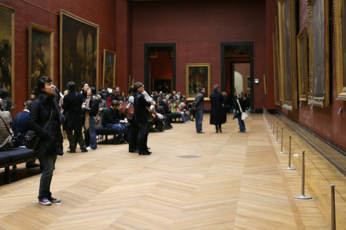 Louvre gallery by Flickr user 01steven